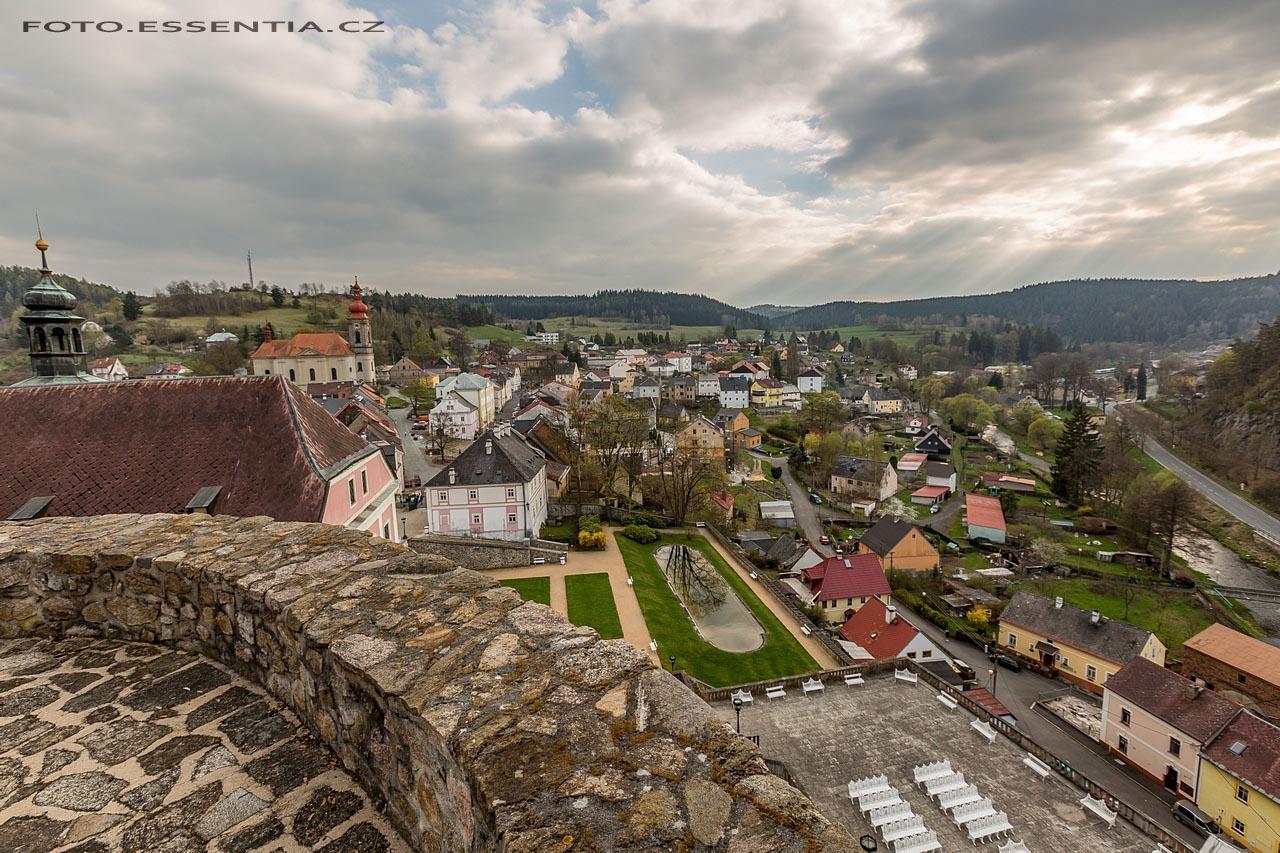 Hrad v Bečově nad Teplou - bergfrit